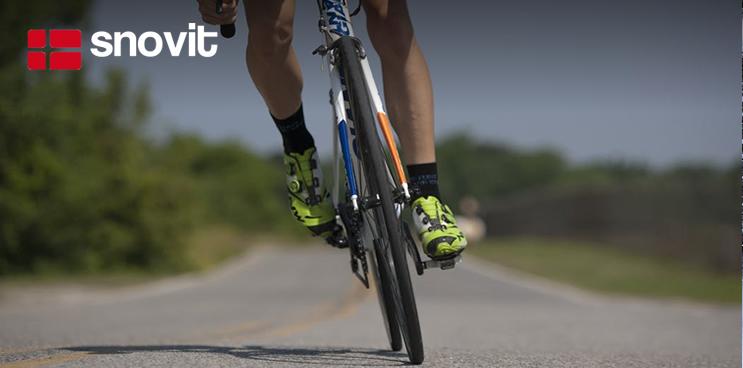 Cómo conducir respetando a los ciclistas